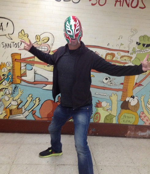 gringo in mask