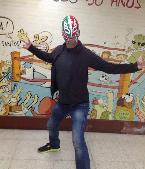 gringo in mask