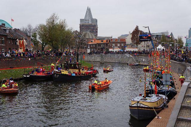 sinterklaas arrival by boat