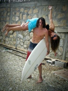 surf instructing girls