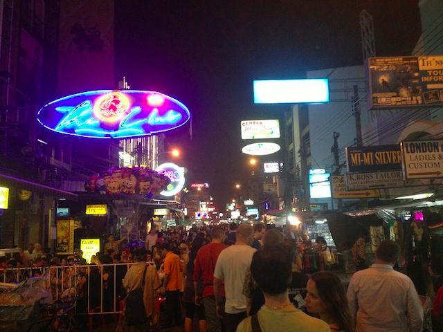 khao san night time